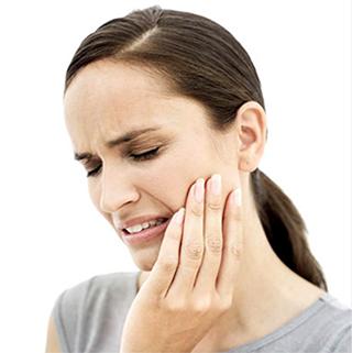 dental-emegency-girl-320x321